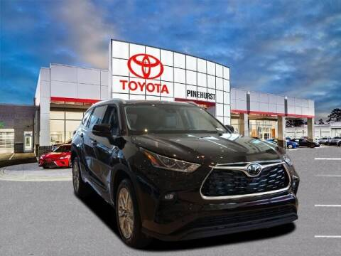 2021 Toyota Highlander for sale at PHIL SMITH AUTOMOTIVE GROUP - Pinehurst Toyota Hyundai in Southern Pines NC