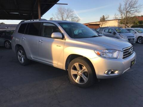 2008 Toyota Highlander for sale at Los Primos Auto Plaza in Antioch CA
