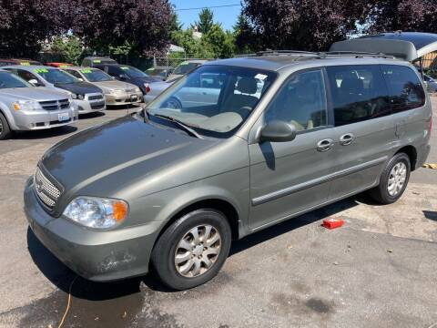2005 Kia Sedona for sale at Blue Line Auto Group in Portland OR