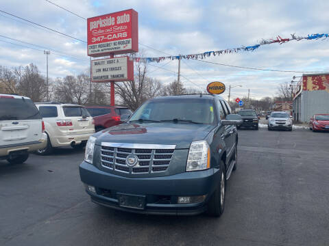 2009 Cadillac Escalade for sale at Parkside Auto Sales & Service in Pekin IL