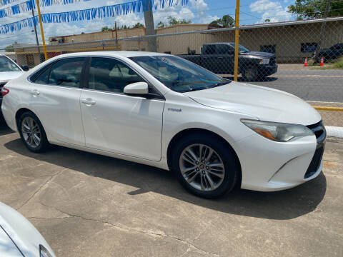 2015 Toyota Camry Hybrid for sale at Bobby Lafleur Auto Sales in Lake Charles LA