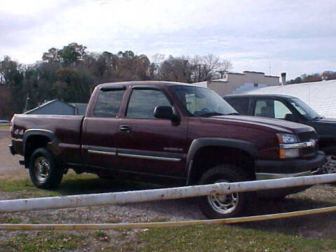 2003 Chevrolet Silverado 2500HD for sale at Bates Auto & Truck Center in Zanesville OH