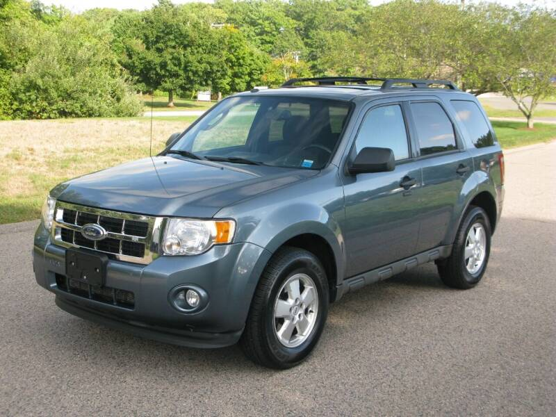 2012 Ford Escape for sale at The Car Vault in Holliston MA