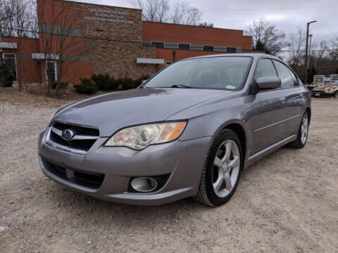 2009 Subaru Legacy for sale at DILLON LAKE MOTORS LLC in Zanesville OH
