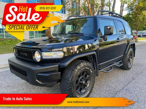 2012 Toyota FJ Cruiser for sale at Trade In Auto Sales in Van Nuys CA