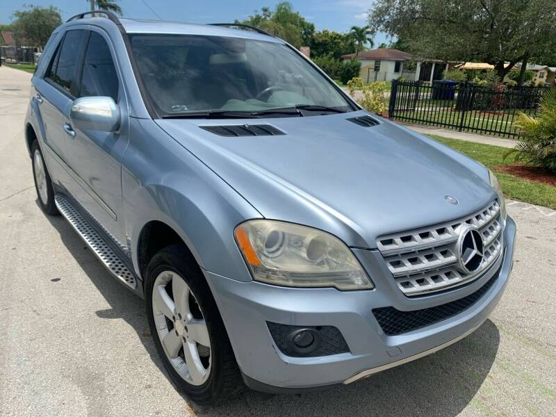 2009 Mercedes-Benz M-Class for sale at Eden Cars Inc in Hollywood FL