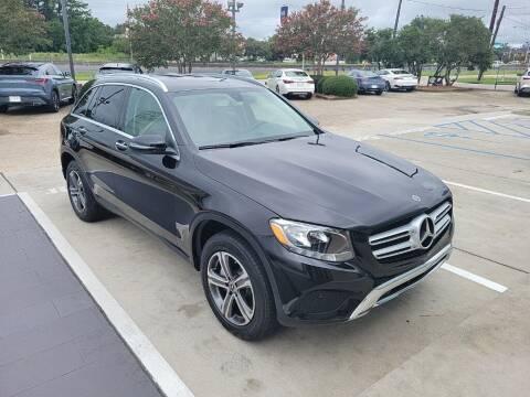 2019 Mercedes-Benz GLC for sale at JOE BULLARD USED CARS in Mobile AL