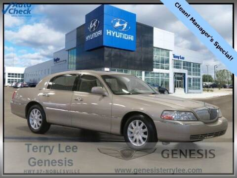 2007 Lincoln Town Car for sale at Terry Lee Hyundai in Noblesville IN