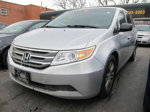 2011 Honda Odyssey for sale at DRIVE TREND in Cleveland OH