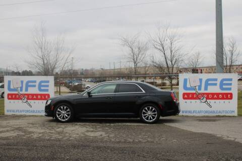 2018 Chrysler 300 for sale at LIFE AFFORDABLE AUTO SALES in Columbus OH