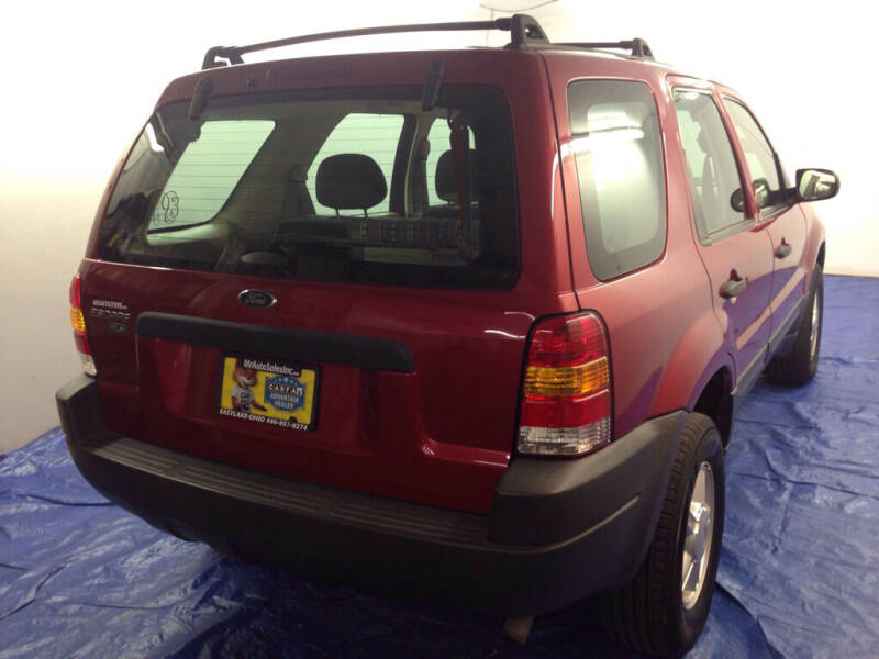 2003 Ford Escape XLS Popular 4dr SUV - Eastlake OH