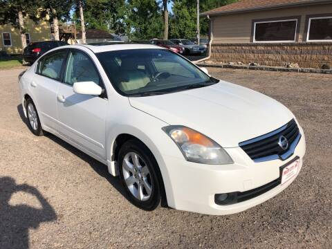 2009 Nissan Altima for sale at Truck City Inc in Des Moines IA