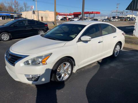 2015 Nissan Altima for sale at Auto Credit Xpress - Jonesboro in Jonesboro AR