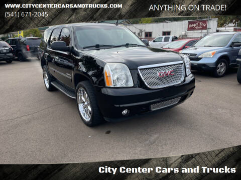 2011 GMC Yukon for sale at City Center Cars and Trucks in Roseburg OR
