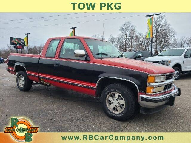 1994 Chevrolet C/K 1500 Series for sale at R & B CAR CO - R&B CAR COMPANY in Columbia City IN
