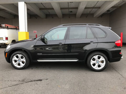 2013 BMW X5 for sale at Ultimate Motors in Port Monmouth NJ