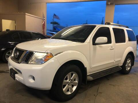 2012 Nissan Pathfinder for sale at Eden Cars Inc in Hollywood FL