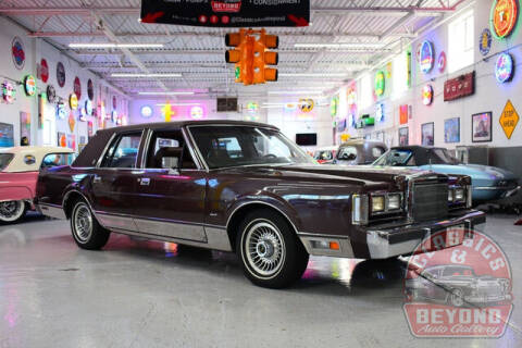 1988 Lincoln Town Car for sale at Classics and Beyond Auto Gallery in Wayne MI