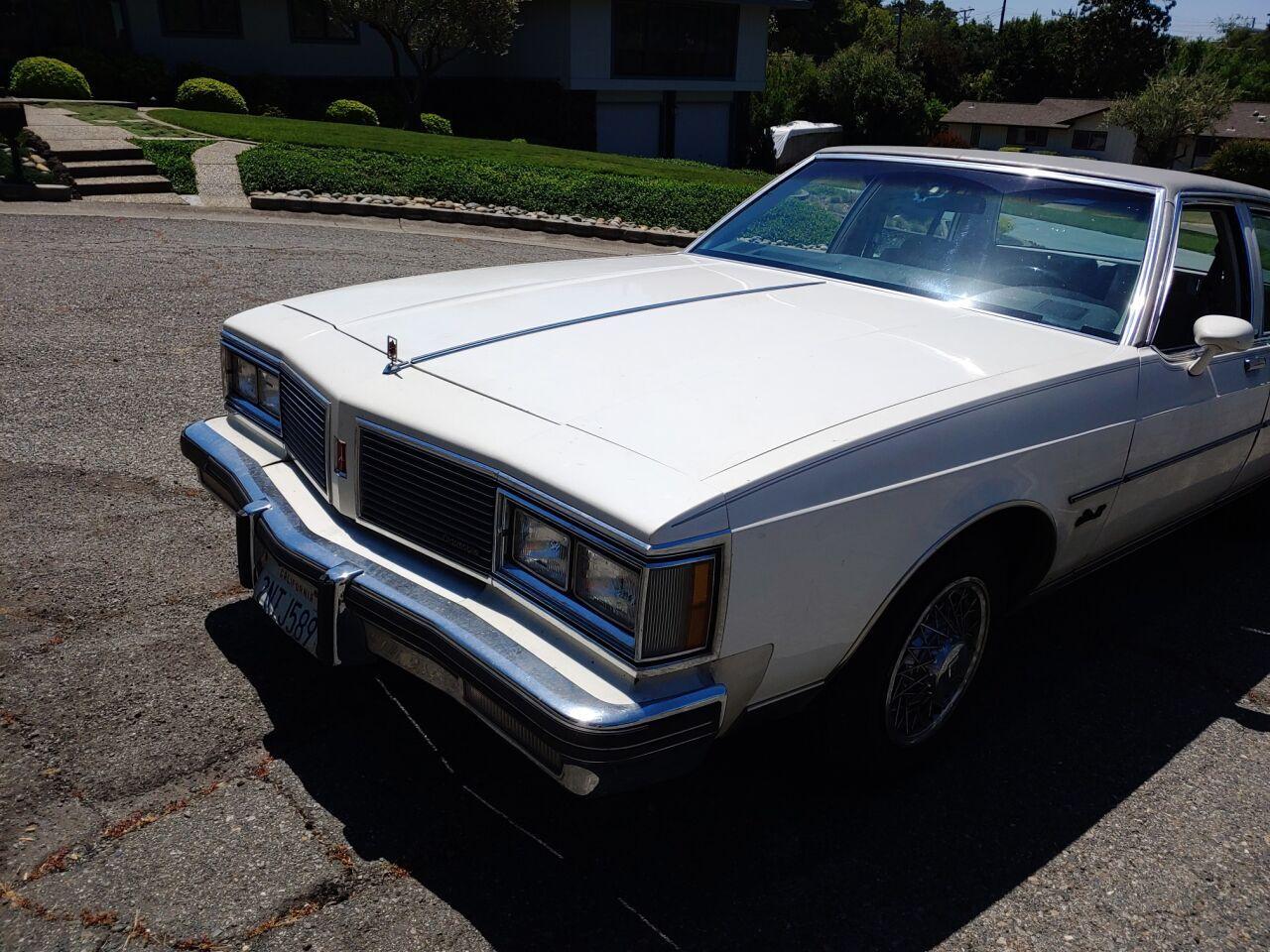 1982 Oldsmobile Delta Eighty-Eight