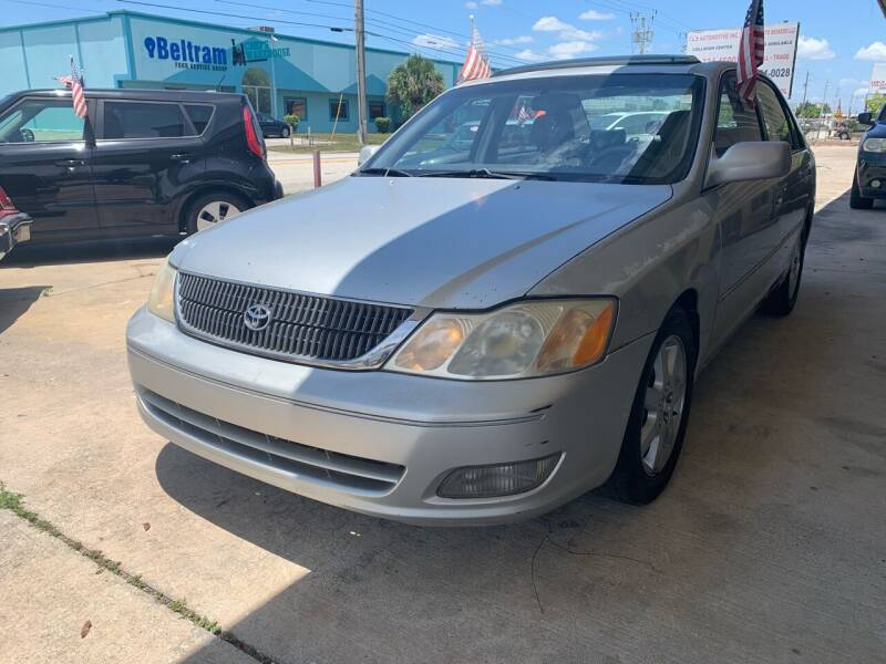 2000 Toyota Avalon for sale at Eastside Auto Brokers LLC in Fort Myers FL
