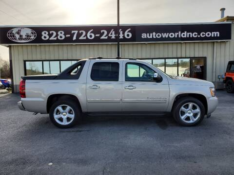 2009 Chevrolet Avalanche for sale at AutoWorld of Lenoir in Lenoir NC