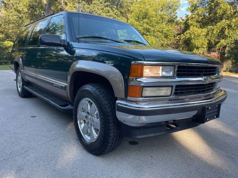 1998 Chevrolet Suburban for sale at Thornhill Motor Company in Lake Worth TX