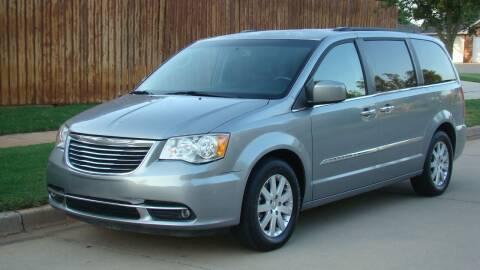 2016 Chrysler Town and Country for sale at Red Rock Auto LLC in Oklahoma City OK