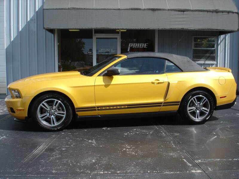 2012 Ford Mustang for sale at PRIDE AUTO SALES LLC in Nokomis FL