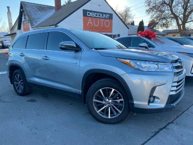 2019 Toyota Highlander Hybrid for sale at Discount Auto Brokers Inc. in Lehi UT