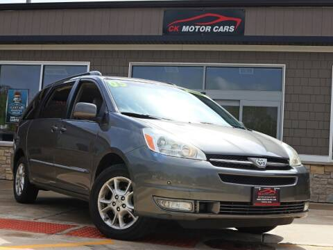 2005 Toyota Sienna for sale at CK MOTOR CARS in Elgin IL