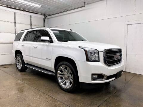 2015 GMC Yukon for sale at PARKWAY AUTO in Hudsonville MI