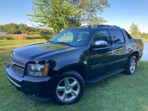2011 Chevrolet Avalanche for sale at K2 Autos in Holland MI