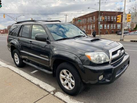 2006 Toyota 4Runner for sale at G1 AUTO SALES II in Elizabeth NJ