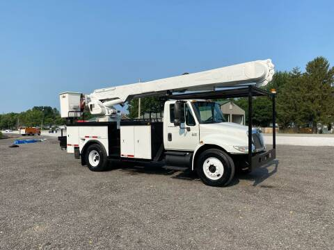 2003 International DuraStar 4400 for sale at MOES AUTO SALES in Spiceland IN