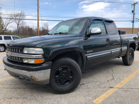 2002 Chevrolet Silverado 1500 for sale at J's Auto Exchange in Derry NH