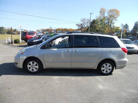 2006 Toyota Sienna for sale at All Cars and Trucks in Buena NJ