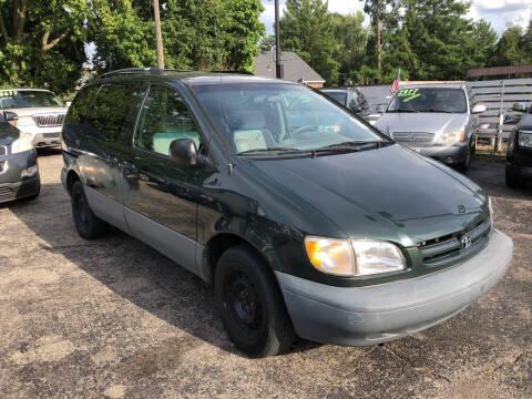 1999 Toyota Sienna for sale at Klein on Vine in Cincinnati OH