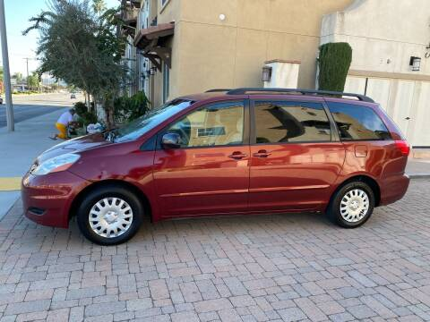 2007 Toyota Sienna for sale at California Motor Cars in Covina CA