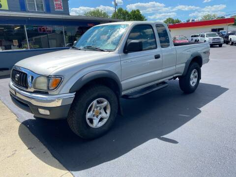 2001 Toyota Tacoma for sale at Wise Investments Auto Sales in Sellersburg IN