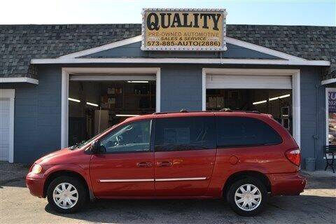 2005 Chrysler Town and Country for sale at Quality Pre-Owned Automotive in Cuba MO