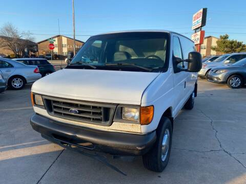 2006 Ford E-Series Cargo for sale at Car Gallery in Oklahoma City OK