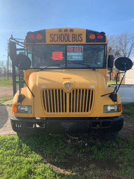 2004 IC Bus CE Series for sale in Houston, TX
