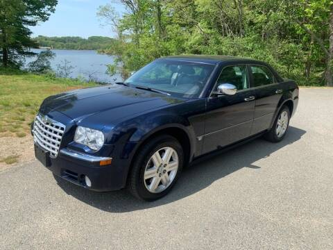 2005 Chrysler 300 for sale at Elite Pre-Owned Auto in Peabody MA