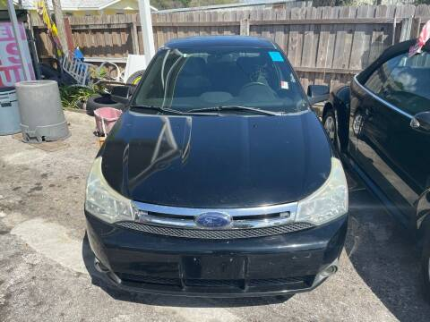 2009 Ford Focus for sale at Louie's Auto Sales in Leesburg FL