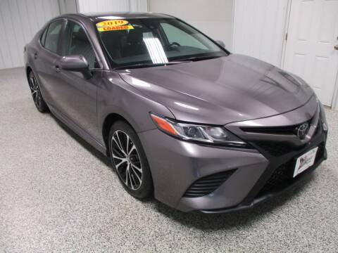 2019 Toyota Camry for sale at LaFleur Auto Sales in North Sioux City SD