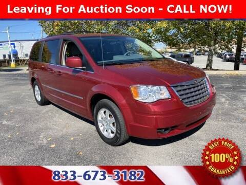 2010 Chrysler Town and Country for sale at Glenbrook Dodge Chrysler Jeep Ram and Fiat in Fort Wayne IN