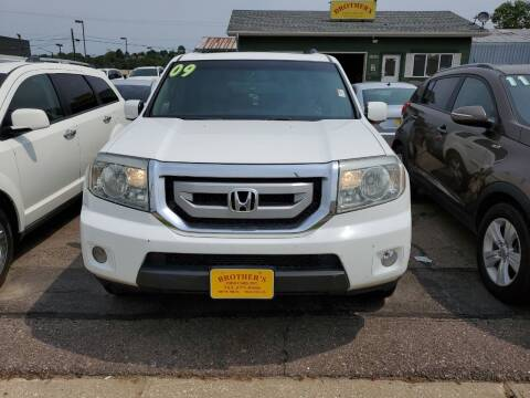2009 Honda Pilot for sale at Brothers Used Cars Inc in Sioux City IA
