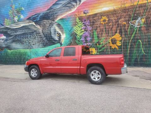 2005 Dodge Dakota for sale at RIVERSIDE AUTO SALES in Sioux City IA