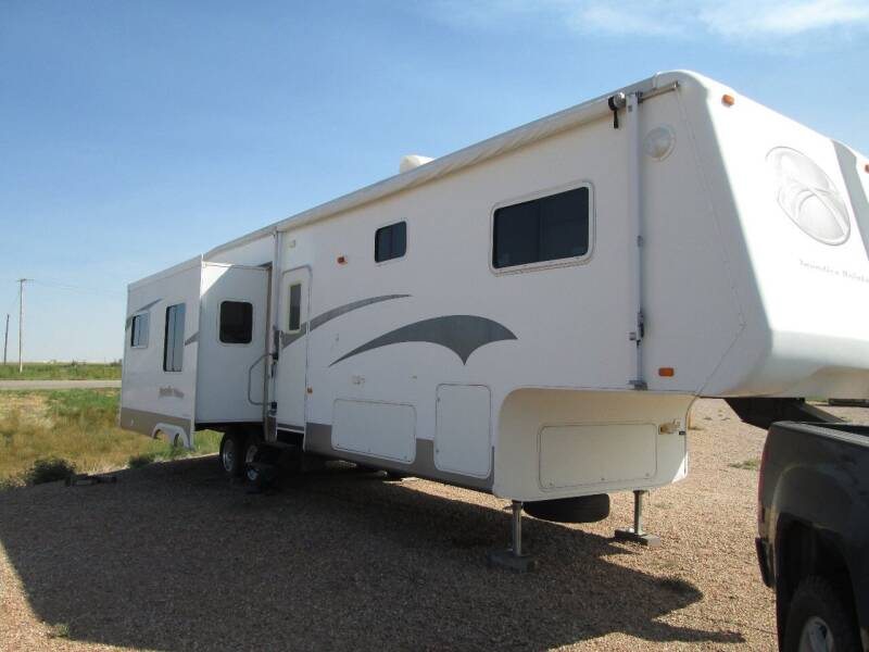 2005 Crossroads PARADISE POINT PF36SK for sale at STEVES ROLLIN STONE AUTO SALES in Eaton CO