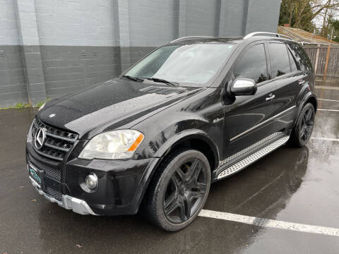 2009 Mercedes-Benz M-Class for sale at APX Auto Brokers in Lynnwood WA